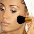 Як правильно нанести макіяж?