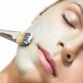 Рецепти заспокійливих масок для чутливої шкіри