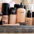 Приховуй різні дефекти шкіри, застосовуючи різні кольори.