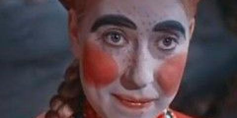Виправте всього три помилки в макіяжі, щоб стати чарівною