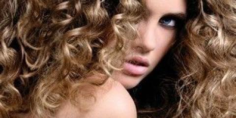 Як доглядати за волоссям після завивки