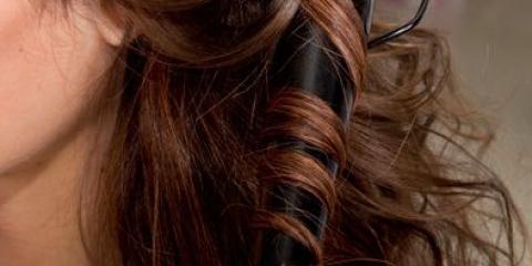 Як вибрати щипці для завивки волосся