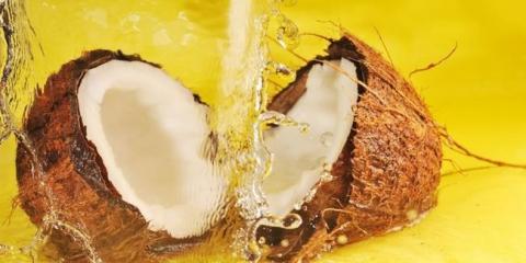 Кокосове масло для волосся: застосування і властивості