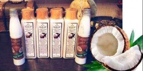Кокосове масло.обладает поживними, зволожуючими і пом`якшуючими властивостями.