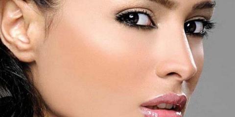 Легкий денний макіяж для блондинок і брюнеток
