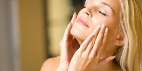 Спробуйте домашню маску з ефірними маслами, що підсилюють зростання волосся.