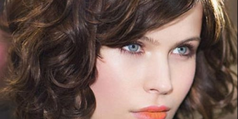 Стрижка каре для кучерявого волосся