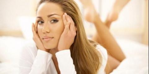У домашніх умовах можна робити процедуру, повчитися назву міні - пілінг (від англійського pilling - відлущування.