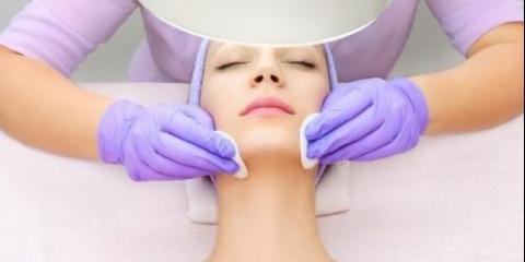 У догляді за шкірою очищення є найпершим і основним кроком.