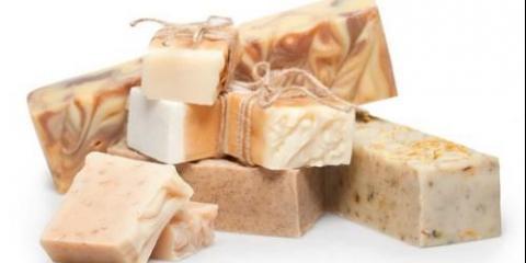 Чи шкідливо використовувати мило для вмивання особи, не приводить чи мило до появи зморшок, не сушить чи шкіру?