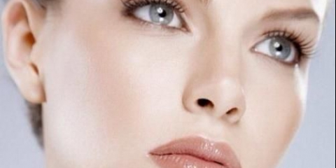 Забудь про ідеальний макіяжі очей і червоних губах - ідеальний тон - ось з чого починається макіяж!